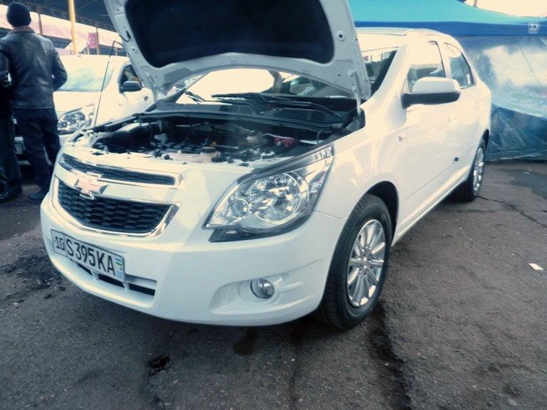 "Chevrolet Cobalt LTZ, ""Четвертая позиция"", АКПП, год выпуска: 2014; Пробег: 90000 км.<br />Цена: 79 540 000 сумов."