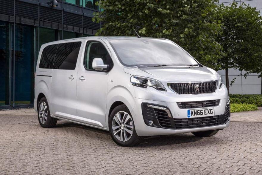 Peugeot Expert 2016 модельного года.