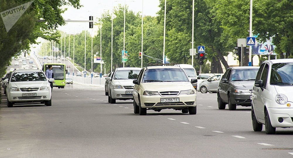 Ташкент автомобили Дорога