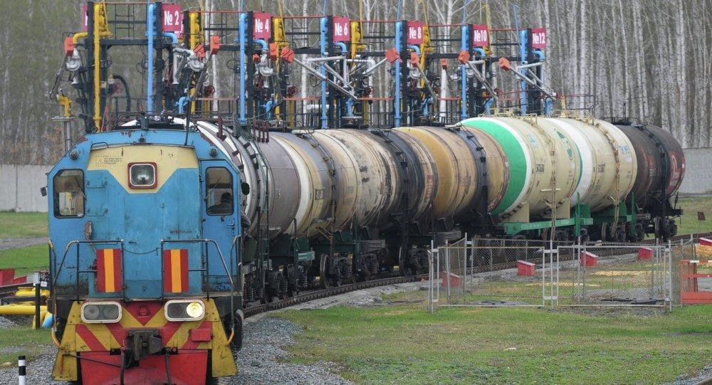экспорт российского бензина из Казхастана в Узбекистан