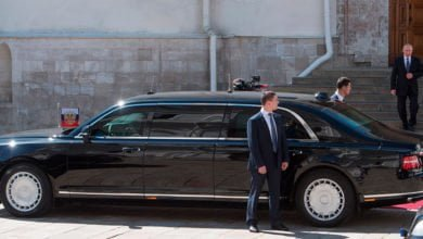 Photo of Кортеж и лимузин Путина привезли в Ташкент