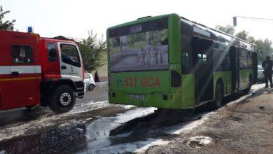 в Ташкенте сгорел автобус - снова Mercedes