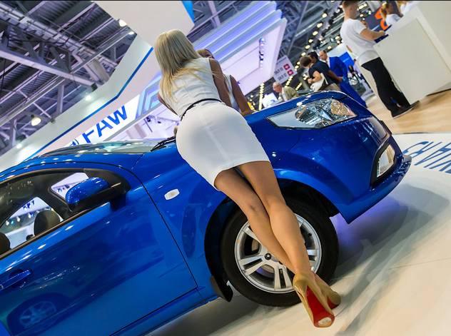 UzAuto Motors обязано вернуть часть денег покупателям. АМК постановил вернуть от 3 до 19 млн сумов с каждой покупки