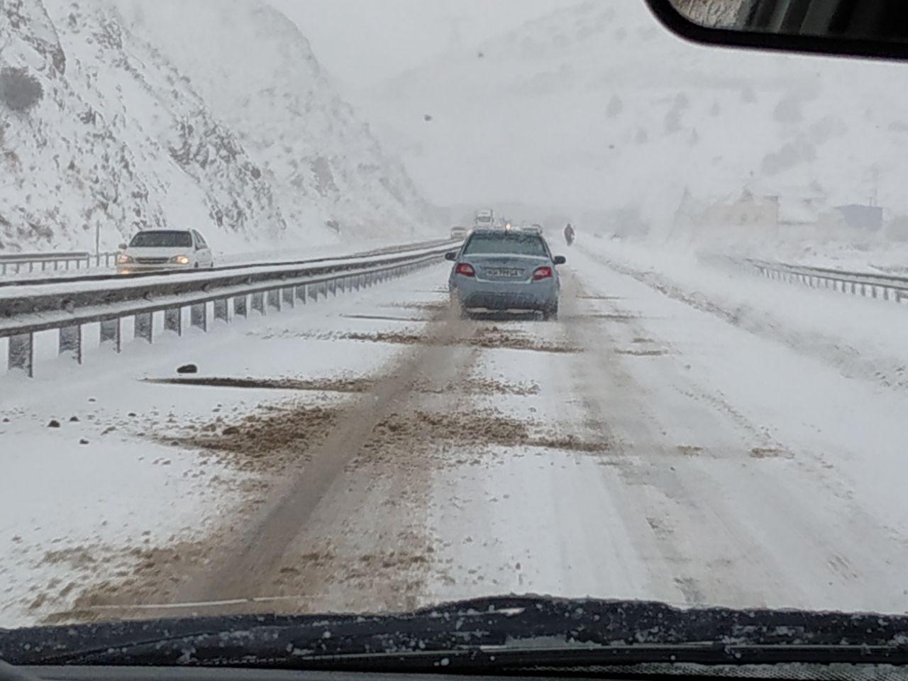 """Перевал """"Камчик"""" завалило снегом"""