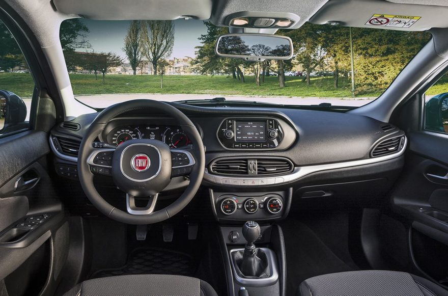 Интерьер салона Fiat Tipo