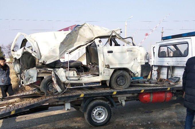 Ужасное ДТП в Кашкадарье: столкнулось 2 Дамаса, 5 человек погибли, еще 4 в реанимации