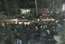 Photo of Замначальника ГАИ Янгиюля, который оскорбил таксистов — уволен. Это произошло после митинга у здания ГАИ