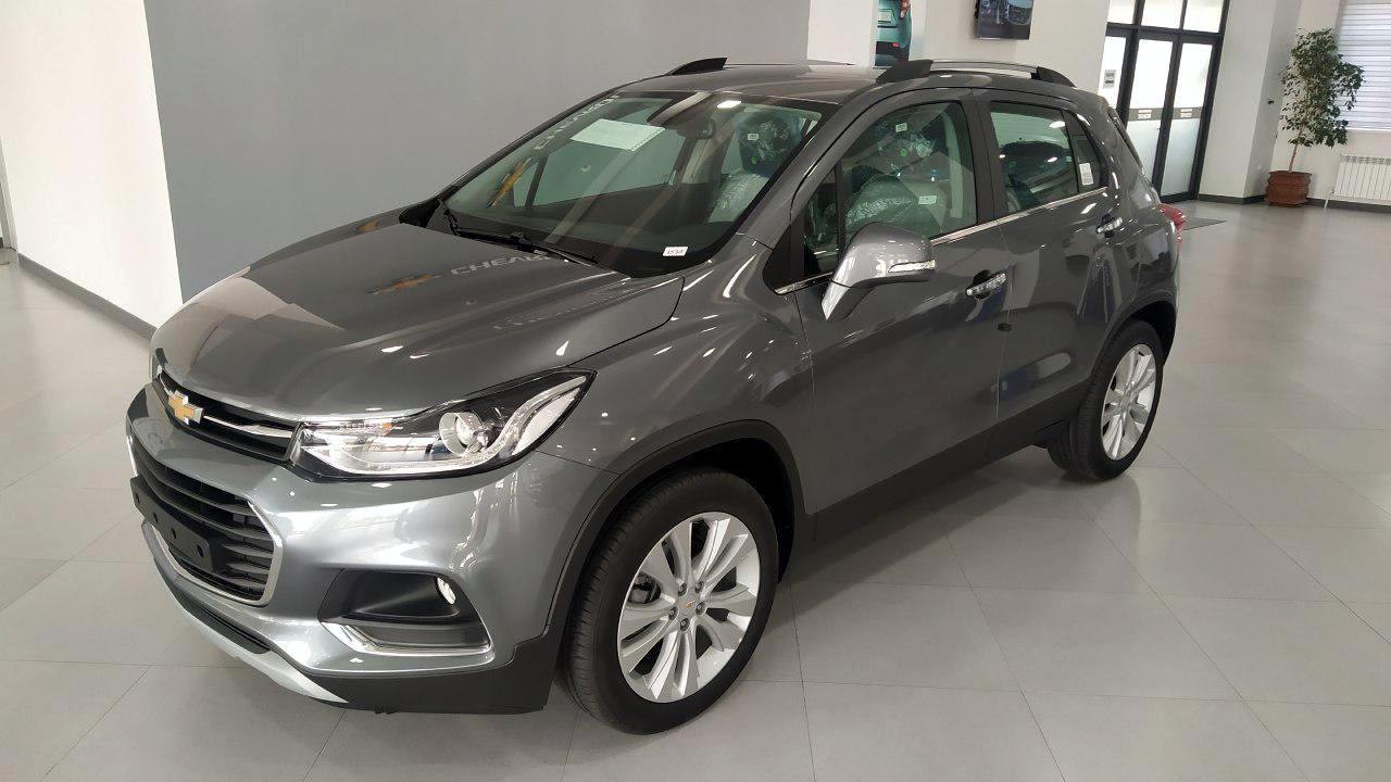 Chevrolet Tracker темно-серый металлик GYM (Satin Steel Metallic)