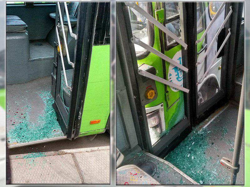 Два автобуса толкнулись в Сергели - 1