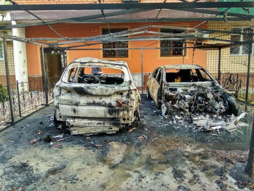 BMW X5 и Mercedes-Benz GLC сгорели в Ташкенте 8 марта - 2