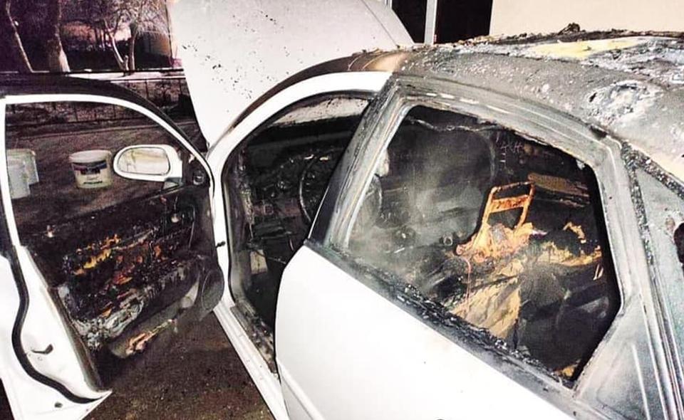 У самаркандского автоблогера сожгли автомобиль