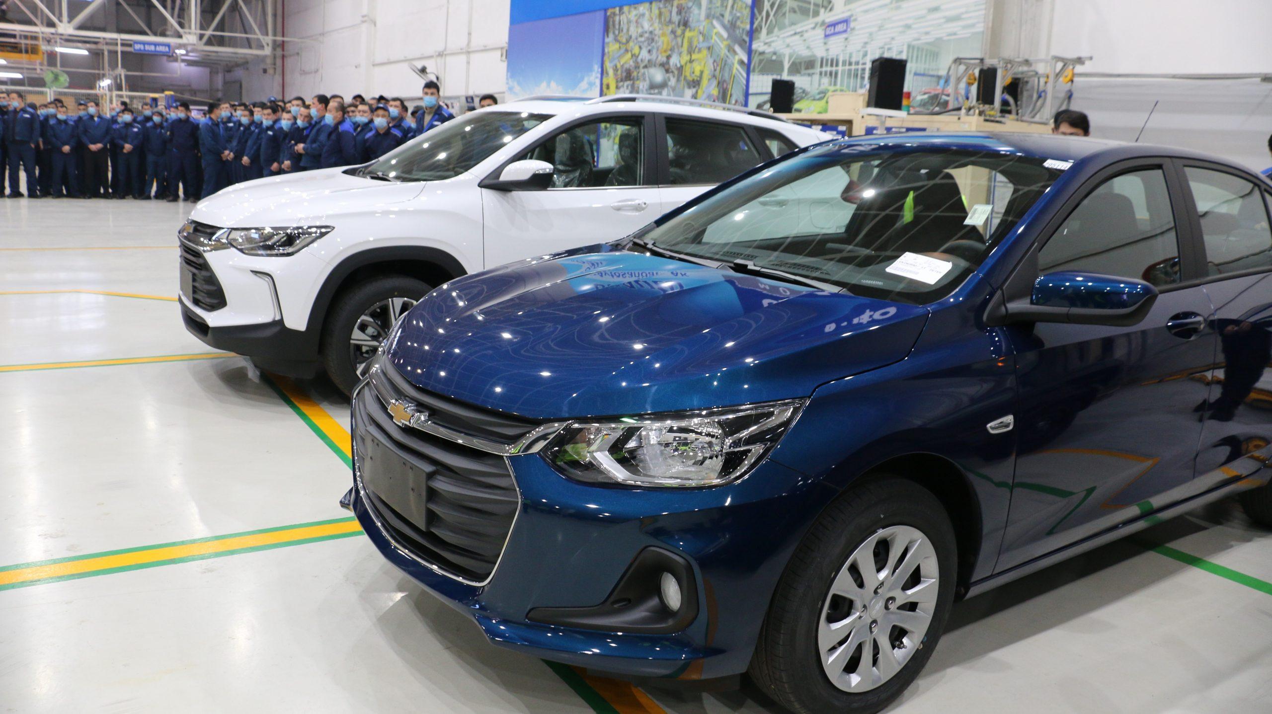 Chevrolet Onix 1-й позиции с МКПП в Узбекистане
