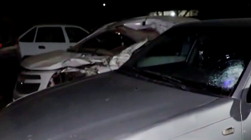 Молодой водитель пытался избежать столкновения с другим автомобилем, в результате выехал на встречку, где сбил пешехода.